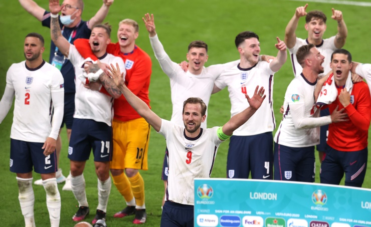 England wear down Denmark to set up Euro 2020 final with Italy
