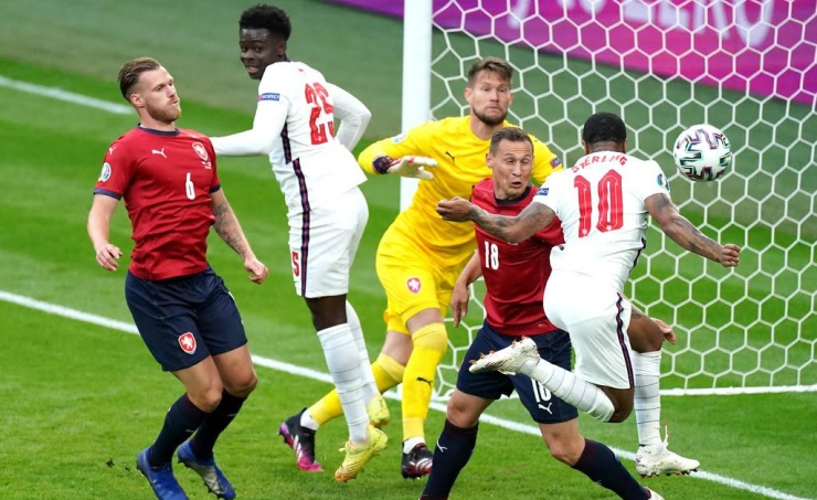 England secure group win after 1-0 victory over Czech Republic